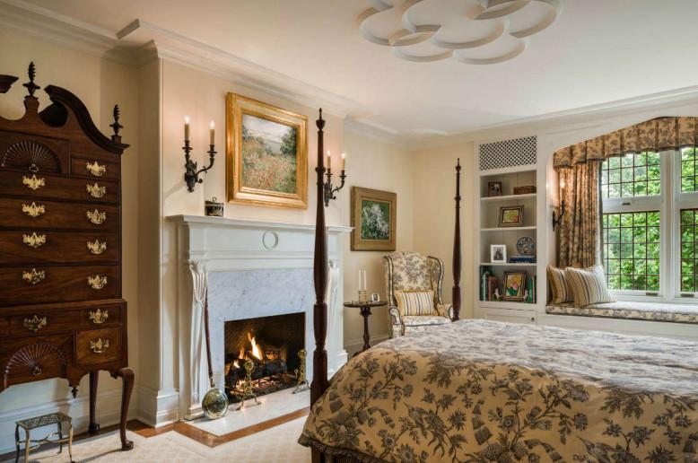 formal-bedroom-brown-wood