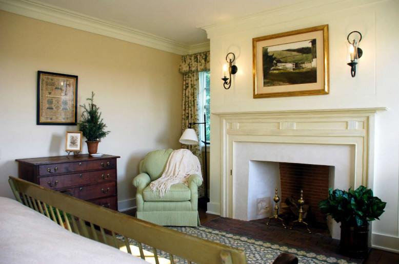 meadowbank-fireplace-unionville