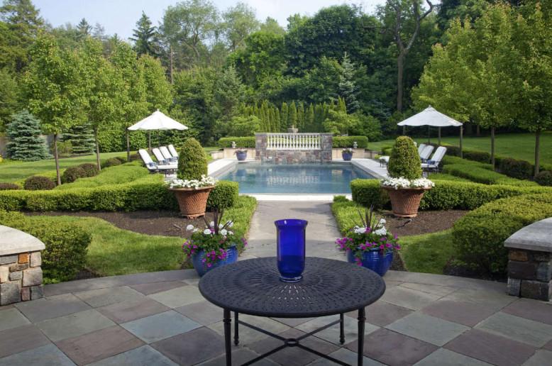 patio-backyard-pool